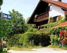 Südansicht-Sie sehen aus Hirschberg und Estergebirge auf Moos und Berge (unten), Fußweg zum See